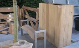 Beurs met plantenbakken, poorten en meubels Robinia (3)