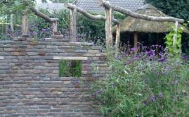 Janssen Beek en Donk tuin met Robinia pergola (12)